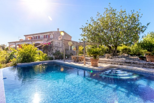 Droomfinca met zwembad, gastenverblijf en paradijselijk uitzicht vlakbij Selva