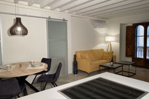 Core-renovated city-apartment with patio, centrally located near to the Plaza Major in Palma