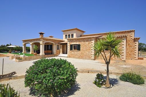 Charming new built country house with tower on the outskirts of Llucmajor