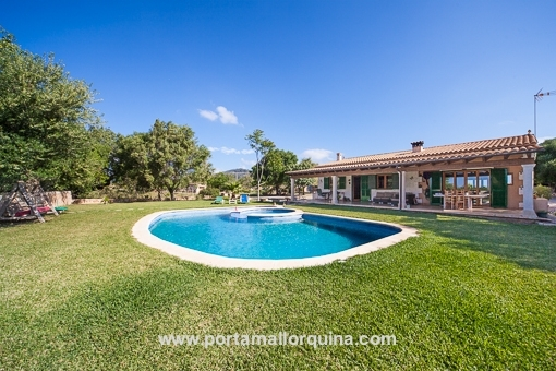 Charming country house with top build quality near Llucmajor