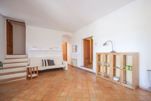 The finca offers large rooms