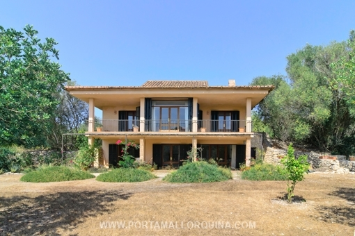 Finca with modern touch in the middle of the nature