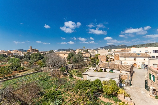 Impressive panoramic views from the roof terrace