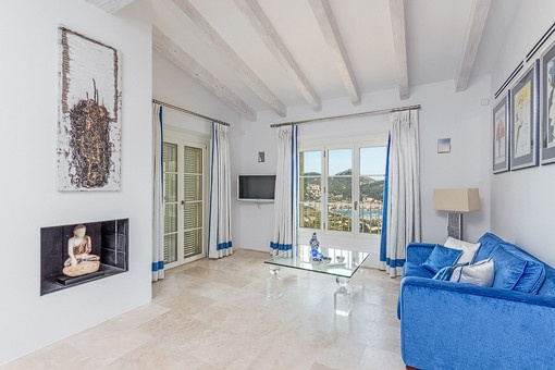 Mediterran sea views from the lounge from the master bedroom