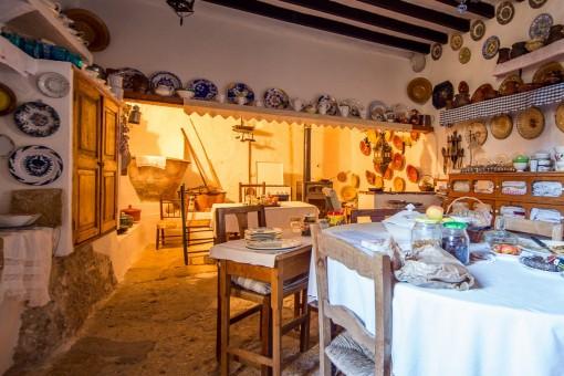 Open and original kitchen