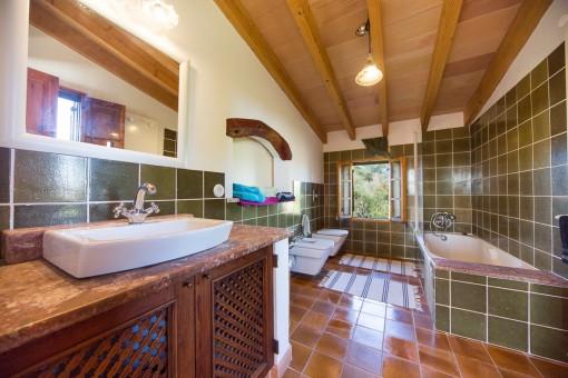 Large master bathroom with bath tub