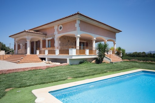 Modern finca in traditional Mallorcan style with panoramic views over the countryside in the north