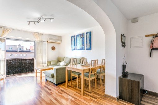 Small apartment in Ciudad Jardin, close to the sea