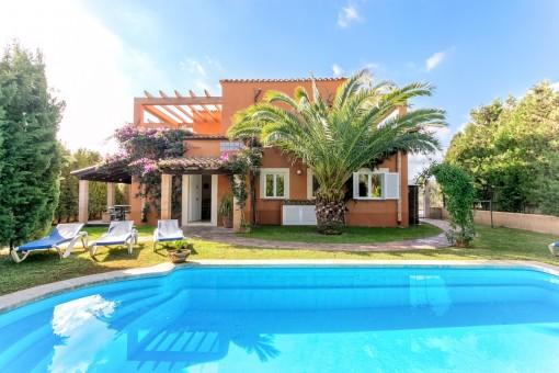 Villa in Cales de Mallorca
