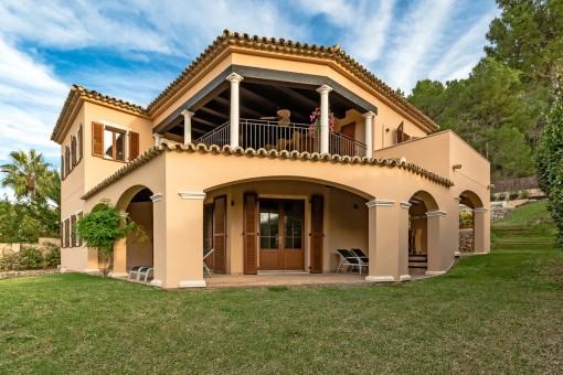 Wonderful finca-style villa in Santa Ponsa