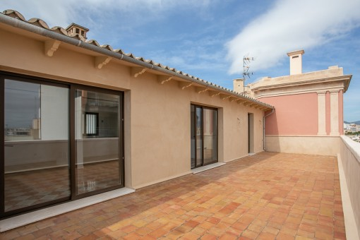 Completely refurbished penthouse with a large terrace in the centre of Palma