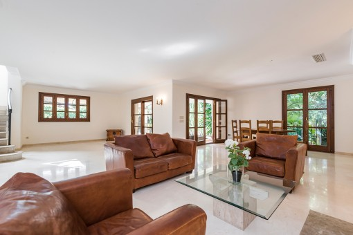 Spacious living area with terrace access