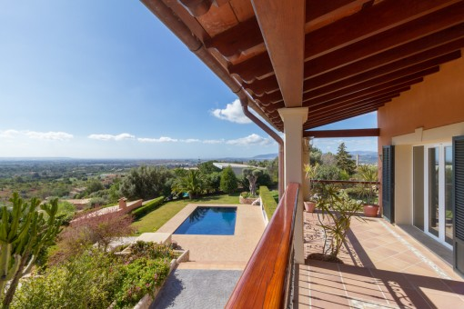 Villa in Bunyola with wonderful panoramic views over the bay of Palma