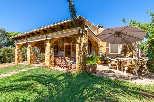 Natural-stone finca with rustic charm near to Llucmajor