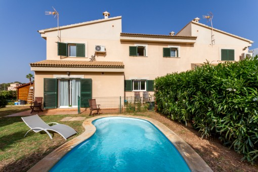 Well-maintained house in a desirable, residential villa area in Puig de Ros