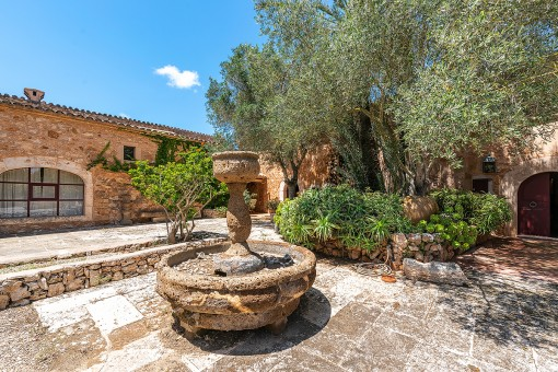 Formerly part of a monastery, an authentic finca in a dream location in Es Llombards