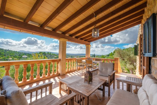Comfortable finca with touristic rental licence and wonderful sweeping views in Alaro