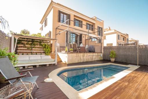 Comfortable semi-detached house in a prime location in Puig de Ros