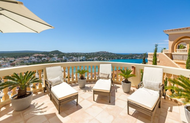 Villa in Santa Ponsa te koop